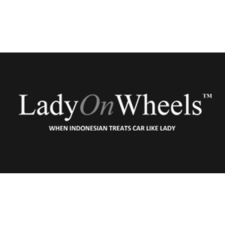 lady on wheels, indonesian stance car